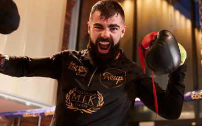 Jono Carroll says he is treating bout with Maxi Hughes as a world title fight