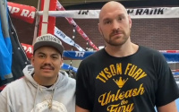 Anthony Joshua vs tyson fury heavyweight undisputed fight latest betting odds best bets tips bet365 william hill app analysis who wins and why how experts predictions tale of the tape